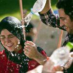 """ماجرای آب بازی """"باران کوثری"""" و """"نوید محمد زاده""""  + عکس"""