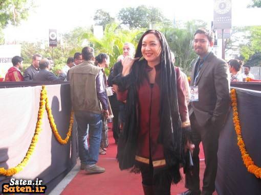 ساتین نیکی 3 لباس و پوشش جنجالی نیکی کریمی در هندوستان + عکس جدید