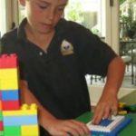 مادری به لطف پسر ۷ ساله خود میلیونر شد + تصاویر