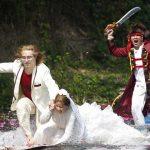 حمله با قمه به عروس و داماد + عکس