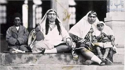 ناصرالدین میرزا ناصرالدین شاه عکس قدیمی زن صیغه ای حرمسرا ناصرالدین شاه جگر خرس