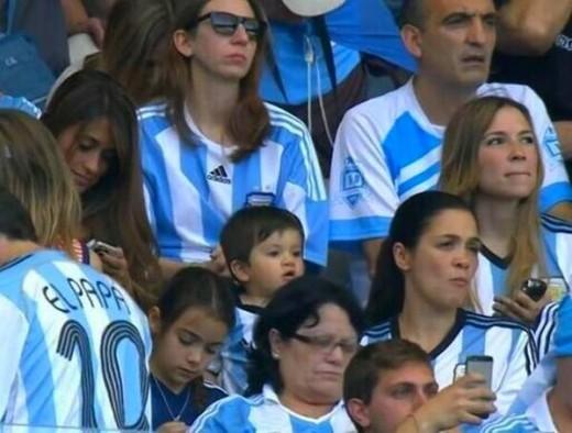 همسر مسی همسر لیونل مسی عکس جام جهانی خانواده لیونل مسی پسر لیونل مسی اخبار جام جهانی antonella roccuzzo