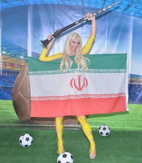 مانکن عریان مانکن زیبا مانکن ساپورت پرچم ایران ساپورت ایران ساپورت