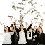 با ترک این ۱۰ عادت پولدار شوید !