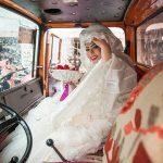 آغاز زندگی مشترک عروس و داماد ایرانی در کامیون + عکس
