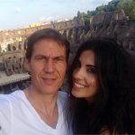 رابطه عاشقانه سرمربی مشهور با با مجری زن تلویزیون لو رفت + عکس