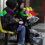 از پارتیهای شبانه تا فرار از چنگال مرگ / گفتگو با دختر دستفروش خیابانهای تهران