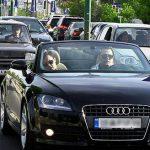 چند درصد ایرانیها خودروهای لوکس سوار میشوند؟ / آمار وحشتناک