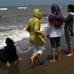 تجاوز به گردشگران زن ایرانی در سواحل دوبی!