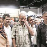 محمدرضا گلزار و امیر جعفری در مغازه علی دایی + عکس