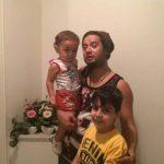 علی صادقی با انتشار عکس فرزندانش شفاف سازی کرد! + عکس