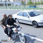 دختر موتور سوار بدحجاب و چپ کردن خودرو چشم چران !! + عکس