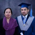 معلمی که زنده وسط کلاس سوزانده شد + عکس