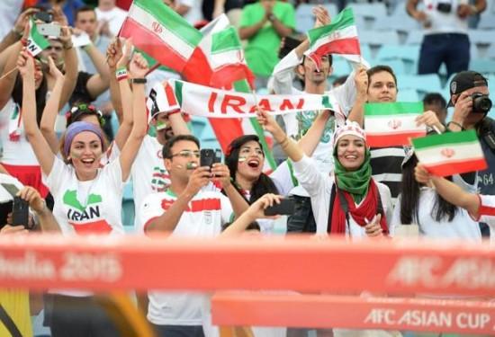 عکس جام ملتهای آسیا استرالیا عکس بدون سانسور تماشاگران عکس بدون سانسور استرالیا زنان ایران در جام ملتهای آسیا دختر ایرانی در استرالیا