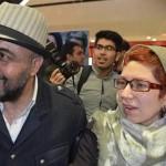 تماس بدنی رضا عطاران و همسرش در استراحت مطلق جنجالی شد! + عکس