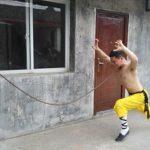 مردی با نیروی فوق بشری و ضد ضربه + عکس و فیلم