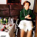 اشرف پهلوی خواهر محمدرضا شاه کنار هفت سین ۹۴ + عکس