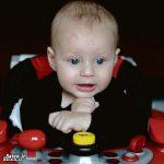تولد نوزادی که عدد ۱۲ روی پیشانیدارد! + عکس