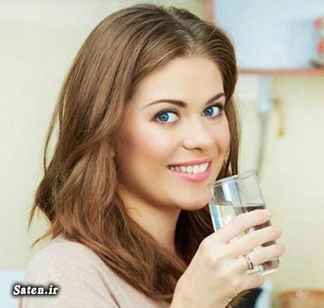 مجله پزشکی طب سنتی دلیل علمی نشسته آب خوردن آیا ایستاده آب خوردن اشکال دارد