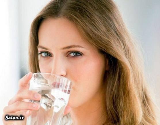 مضرات نوشیدن آب زیاد متخصص تغذیه فواید نوشیدن آب برای پوست خواص آب بهترین نوشیدنی