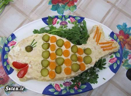ناهار و شام خوشمزه چی بپزم طرز تهیه سالاد الویه با کالباس طرز تزیین سالاد الویه سالاد الویه قالبی تزیین زیبای سالاد آشپزی ساده سریع و آسان آشپزی با مرغ